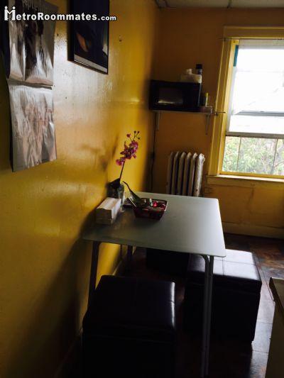 Image 5 Room to rent in Woodside, Queens 2 bedroom Dorm Style