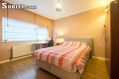 Image 5 Furnished room to rent in Almere, Flevoland 3 bedroom House