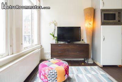 Image 3 Furnished room to rent in Centrum, Amsterdam Studio bedroom Apartment