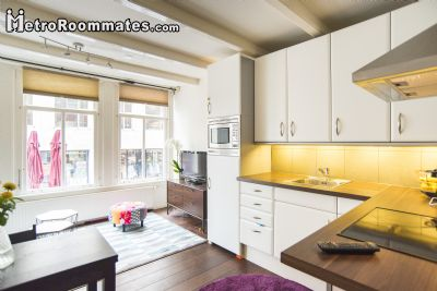 Image 4 Furnished room to rent in Centrum, Amsterdam Studio bedroom Apartment