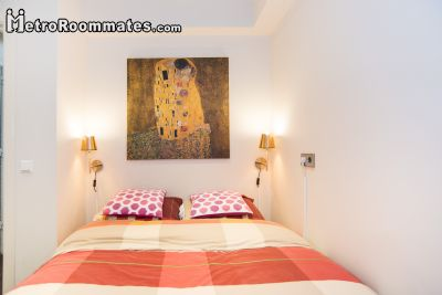 Image 5 Furnished room to rent in Centrum, Amsterdam Studio bedroom Apartment