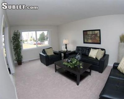 Image 3 unfurnished 4 bedroom Townhouse for rent in Edmonton Northwest, Edmonton Area