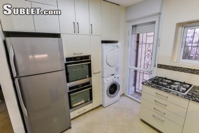 Image 3 furnished 3 bedroom Apartment for rent in Ezrat Torah, Northern Jerusalem