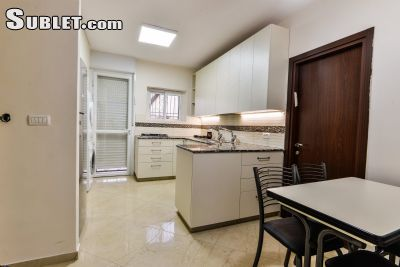 Image 4 furnished 3 bedroom Apartment for rent in Ezrat Torah, Northern Jerusalem