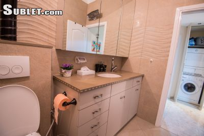 Image 10 furnished 2 bedroom Apartment for rent in Ramat Eshkol, Northern Jerusalem