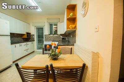 Image 2 furnished 2 bedroom Apartment for rent in Ramat Eshkol, Northern Jerusalem