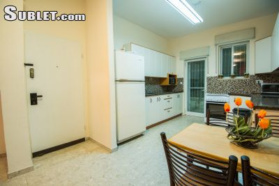 Image 3 furnished 2 bedroom Apartment for rent in Ramat Eshkol, Northern Jerusalem