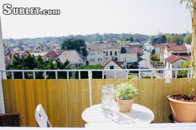 Image 3 furnished 3 bedroom Apartment for rent in Versailles, Yvelines