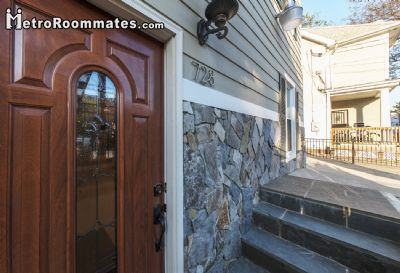 Image 3 furnished 4 bedroom House for rent in Northeast, DC Metro