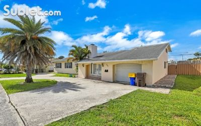 Image 2 furnished 3 bedroom House for rent in West Palm Beach, Ft Lauderdale Area