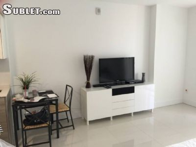 Image 2 furnished Studio bedroom Apartment for rent in Brickell Avenue, Miami Area