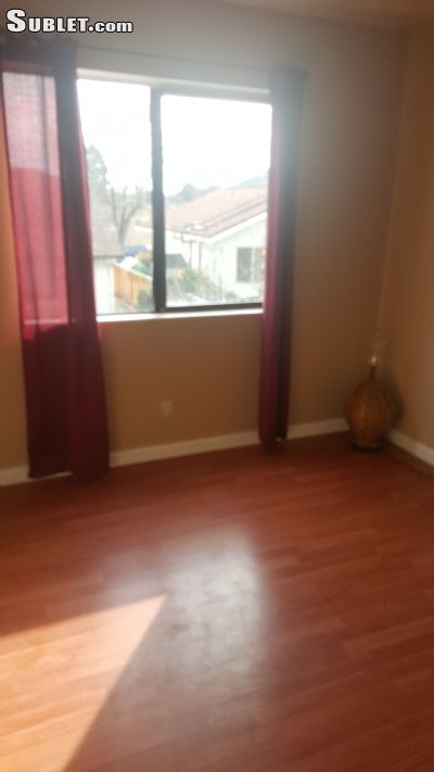 Image 3 Room to rent in Fremont, Alameda County 4 bedroom House