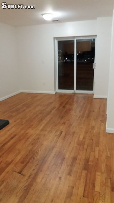 Image 2 unfurnished 3 bedroom Apartment for rent in East New York, Brooklyn