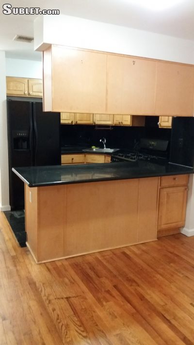 Image 3 unfurnished 3 bedroom Apartment for rent in East New York, Brooklyn