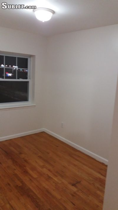 Image 4 unfurnished 3 bedroom Apartment for rent in East New York, Brooklyn