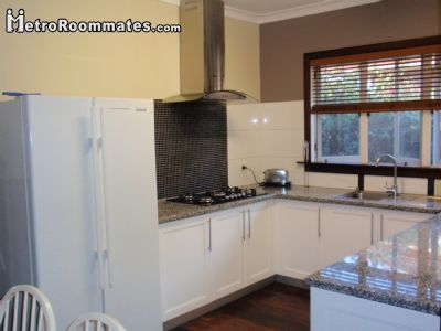 Image 1 Furnished room to rent in Upper Swan, Perth Metro 5 bedroom House