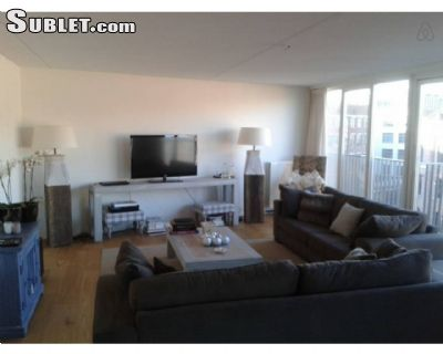 Image 4 furnished 3 bedroom Apartment for rent in Centrum, Amsterdam