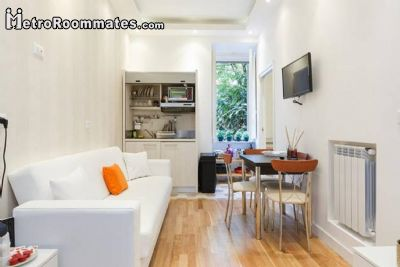 Image 1 Furnished room to rent in Prati, Roma (City) 2 bedroom Apartment
