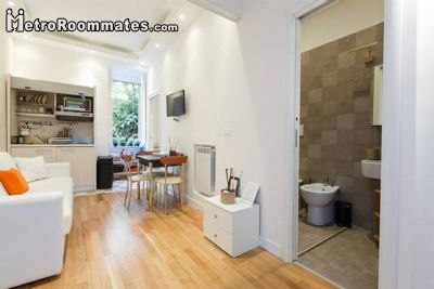 Image 10 Furnished room to rent in Prati, Roma (City) 2 bedroom Apartment