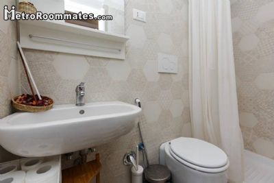 Image 6 Furnished room to rent in Prati, Roma (City) 2 bedroom Apartment