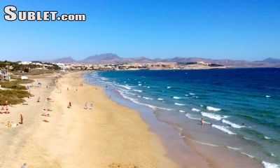 Image 2 furnished 2 bedroom House for rent in Santa Coloma de Gramenet, Fuerteventura Island