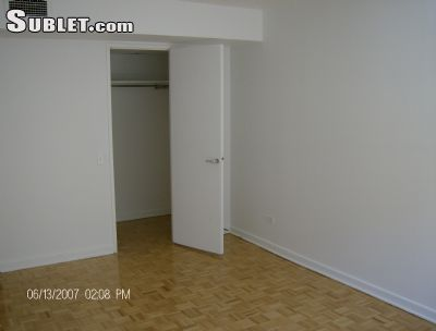 Image 2 unfurnished 1 bedroom Apartment for rent in Downtown, Montreal