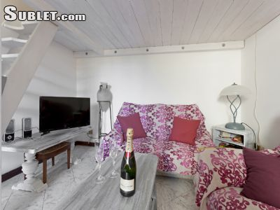 Image 2 furnished 1 bedroom Apartment for rent in Florence, Florence