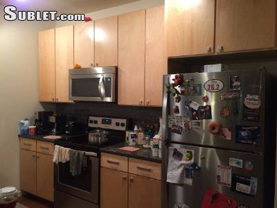 Image 3 unfurnished 2 bedroom Apartment for rent in Near West (campus), Madison