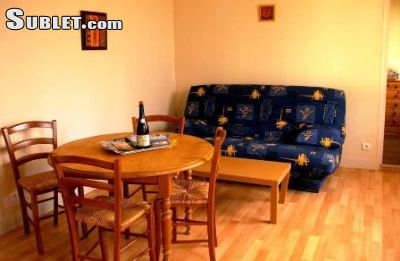 Image 2 furnished 1 bedroom House for rent in Other Manche, Manche