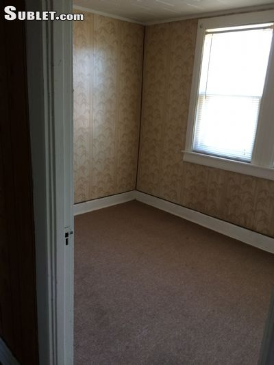 Image 5 unfurnished 1 bedroom Apartment for rent in Roseland, Far South Side