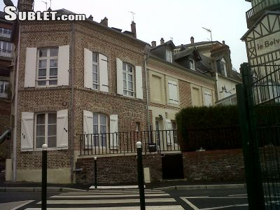 Image 1 furnished 4 bedroom House for rent in Lisieux, Calvados
