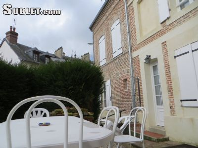 Image 3 furnished 4 bedroom House for rent in Lisieux, Calvados