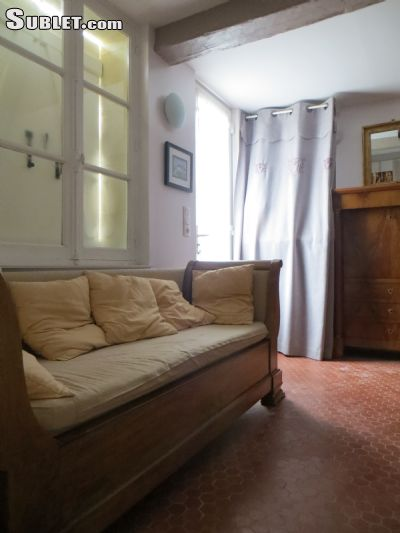 Image 4 furnished 4 bedroom House for rent in Lisieux, Calvados