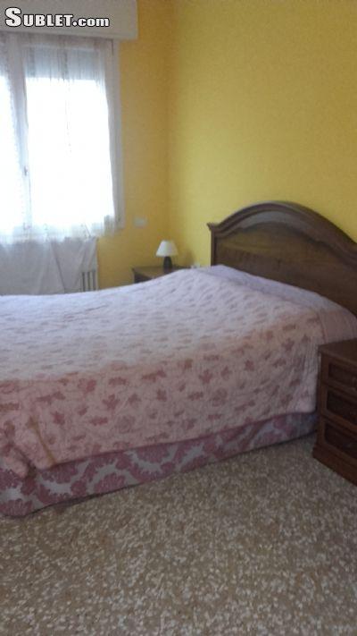 Image 5 Furnished room to rent in Venezia, Venezia 3 bedroom Apartment