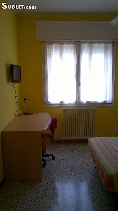 Image 7 Furnished room to rent in Venezia, Venezia 3 bedroom Apartment