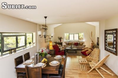 Image 1 furnished 5 bedroom House for rent in Zin, South Israel