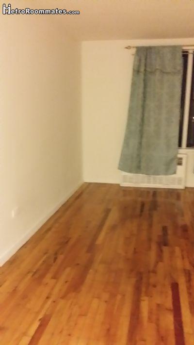 $1000 room for rent Corona, Queens