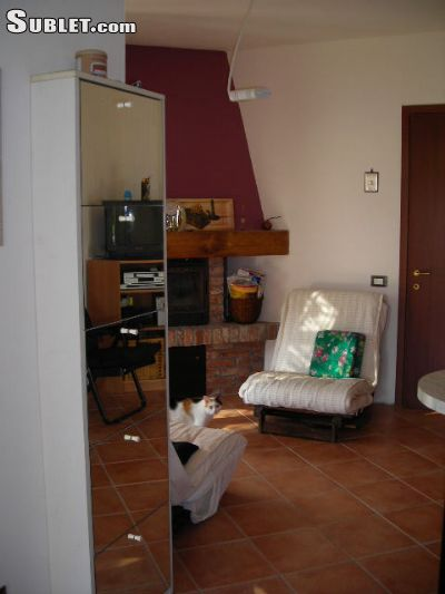 Image 5 furnished 1 bedroom House for rent in Stradella, Pavia
