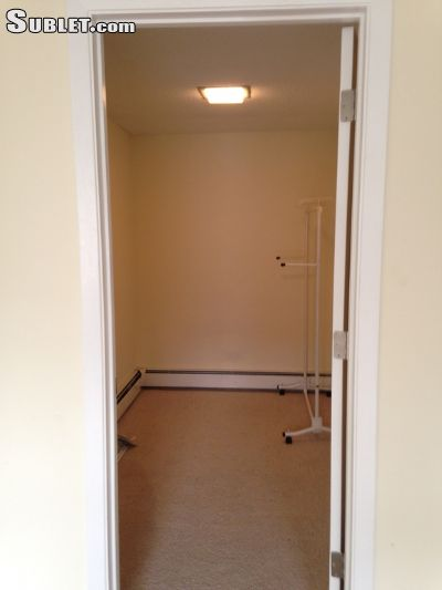 Image 4 Room to rent in Minneapolis Calhoun-Isles, Twin Cities Area 3 bedroom House