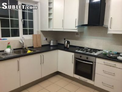 Image 4 either furnished or unfurnished 1 bedroom House for rent in London Fields, Hackney