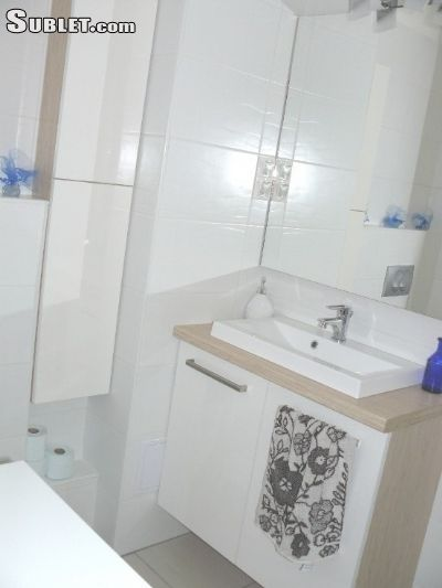 Image 4 furnished Studio bedroom Apartment for rent in Pecs, Baranya