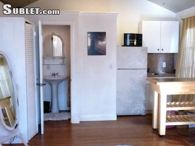 Image 2 furnished Studio bedroom Apartment for rent in Venice, West Los Angeles