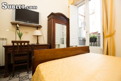 Image 4 Furnished room to rent in Catania, Catania 5 bedroom Hotel or B&B