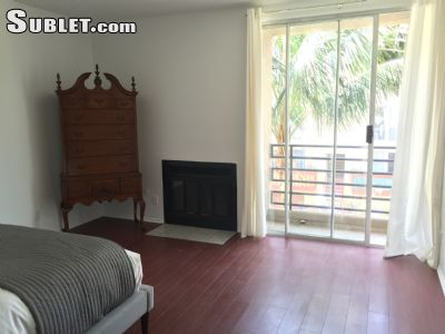 Image 3 furnished 2 bedroom Townhouse for rent in Marina del Rey, West Los Angeles