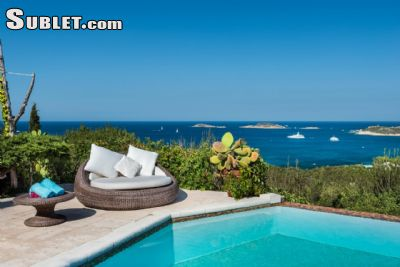 Image 1 furnished 5 bedroom House for rent in Olbia, Olbia-Tempio
