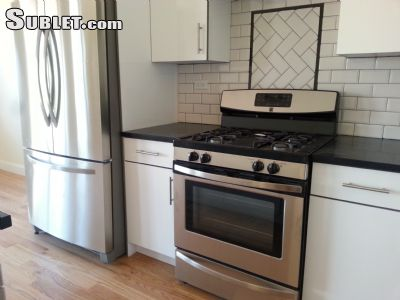 Image 4 unfurnished 3 bedroom Townhouse for rent in Clinton Hill, Brooklyn