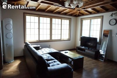 Image 2 furnished 3 bedroom House for rent in Jinhae, South Gyeongsang
