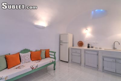 Image 7 furnished 2 bedroom Apartment for rent in Santorini, Cyclades