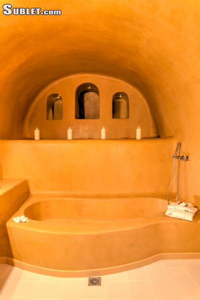 Image 9 furnished 2 bedroom Apartment for rent in Santorini, Cyclades
