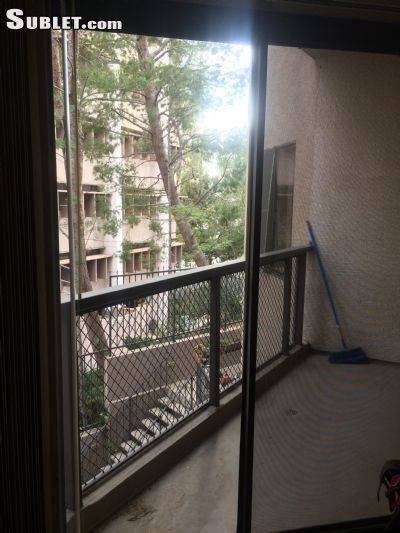 Image 3 unfurnished 2 bedroom Apartment for rent in Westwood, West Los Angeles
